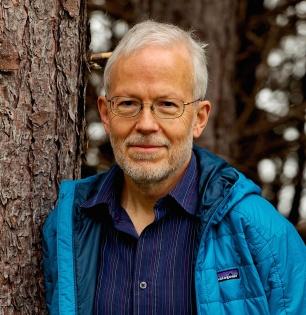 Erich Hoyt Author Photo (Forest-MedRes) copy